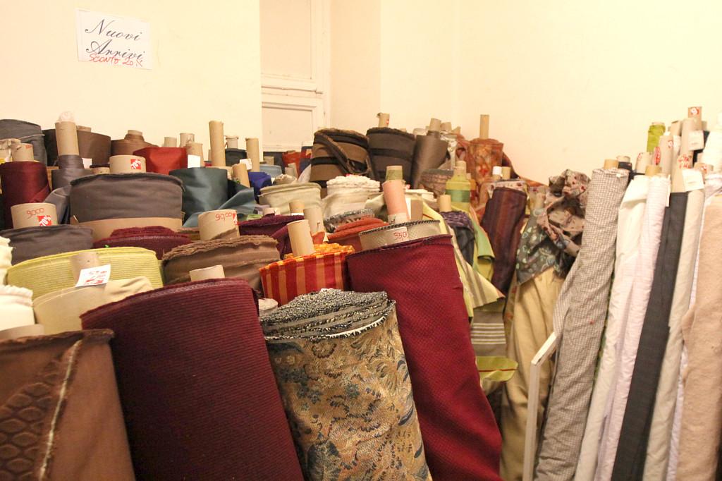 Tessuti arredo roma vendita stoffe e tessuti al metro for Archi arredo roma