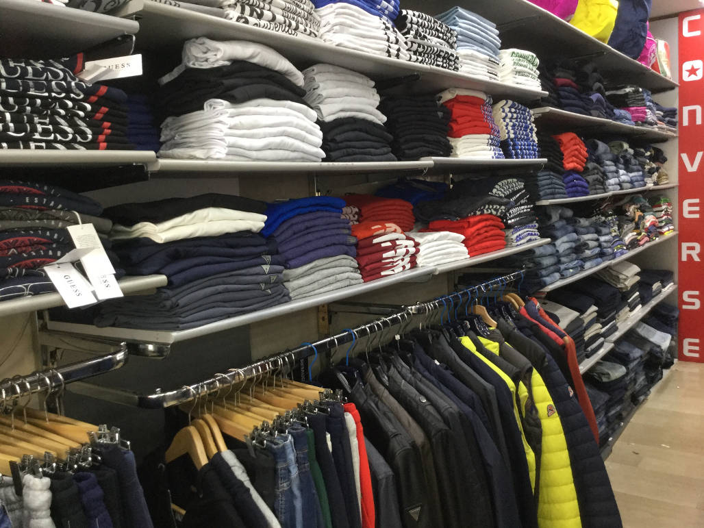 Company-Abbigliamento-Roma-Tuscolana-vendita-magliette-maniche ...